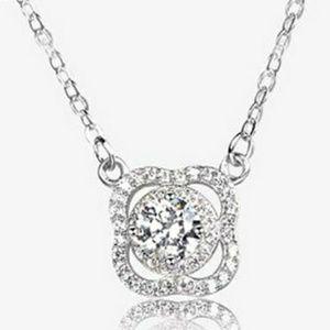 4 Petal Flower Bloom Fixed Platinum Chain Necklace